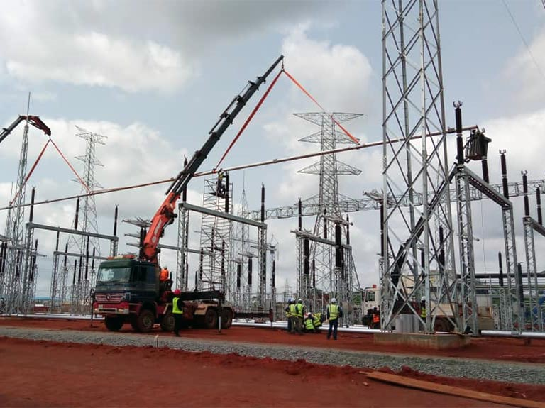 Installing equipment on gas power plant AZURA EDO 330kV, Benin